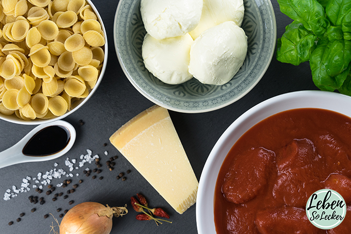 Nudelauflauf Tomate-Mozzarella Zutaten